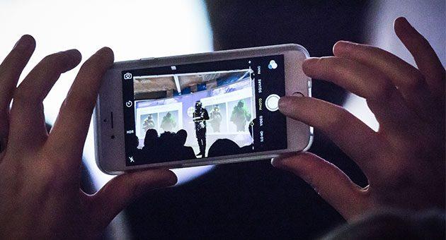En esta edición, la conferencia se centra en diversos aspectos de la digitalización en los negocios relacionados con la moda.