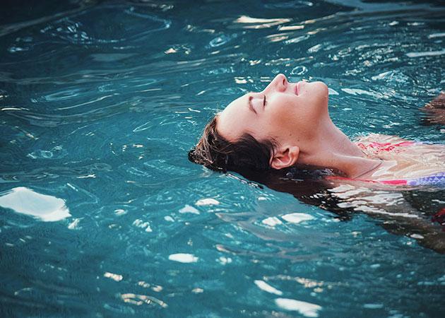 Descubre los beneficios de la natación. ¡Te sorprenderán!