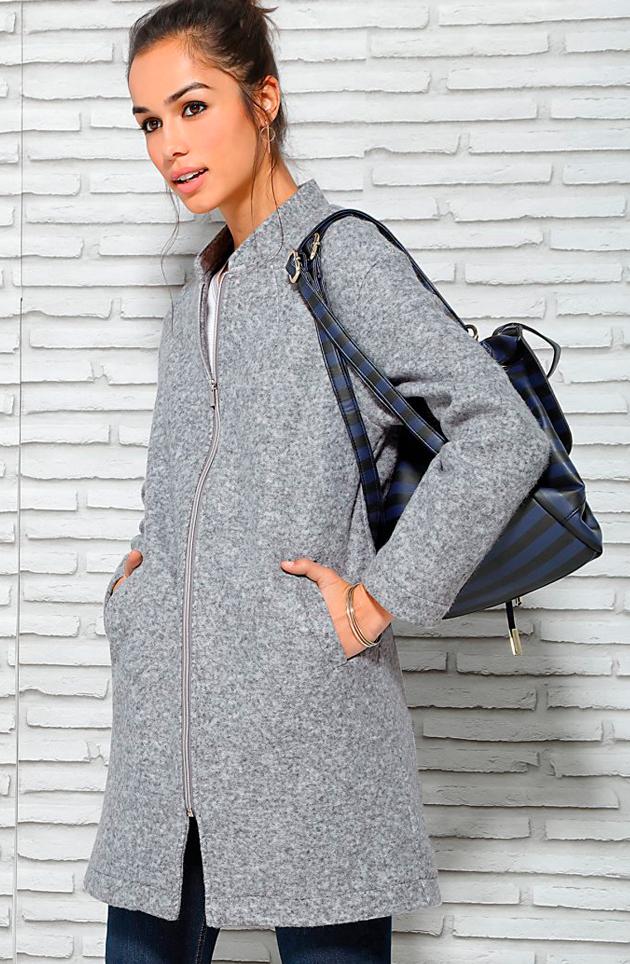 El abrigo de mujer: sencillo